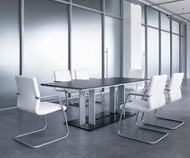 Высококачественные офисные столы с симметричными подставками для конференций prime conference
