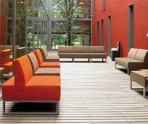 Немецкая мягкая мебель для ожидания tiempo от MARTINSTOLL