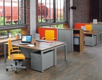 Офисный стол Германия на металлокаркасе
